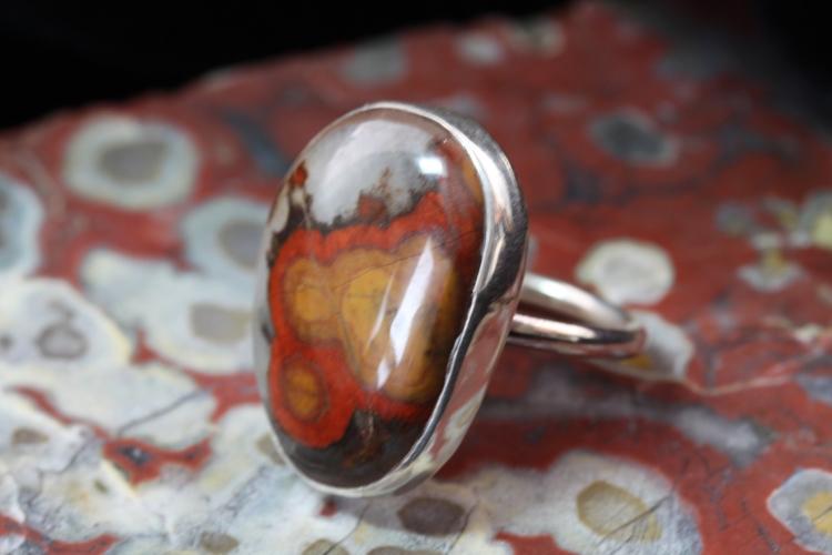 Morgan Hill Poppy Jasper ring.  - desertnightsstudio | ello