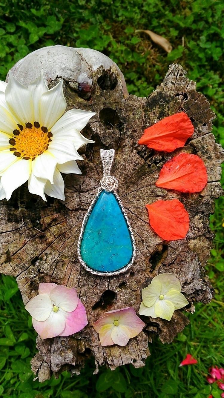 crystal, crystals, crystalmaker - handmadejewelsbyfede | ello