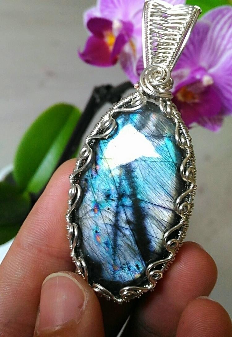 WINTER GARDEN :blue_heart::blue - handmadejewelsbyfede | ello