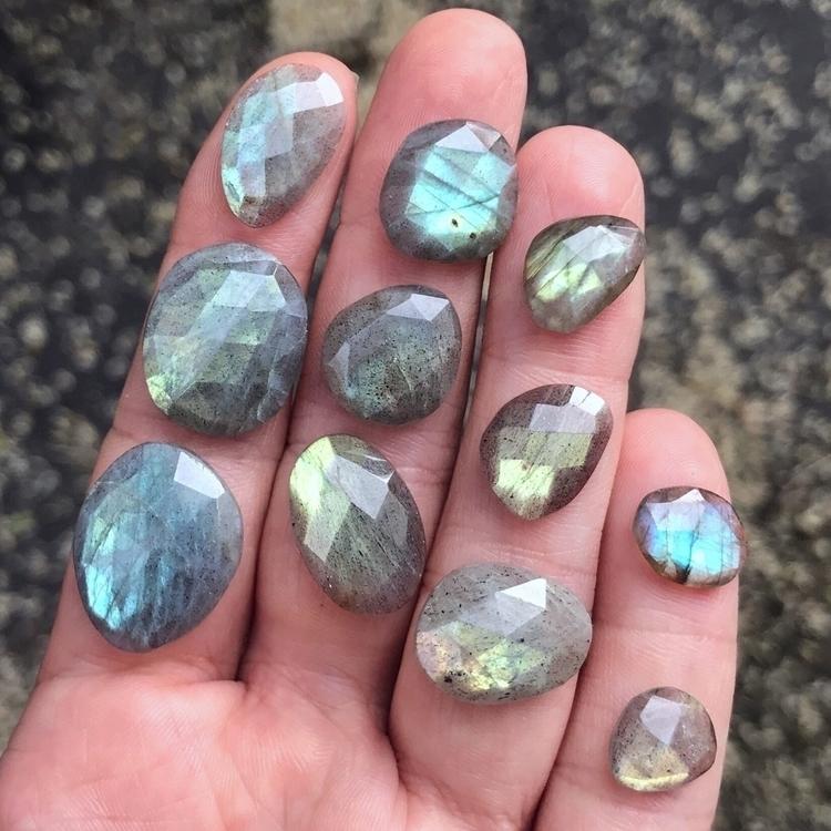 Organizing treasures  - crystals - floraandfaunajewelry | ello