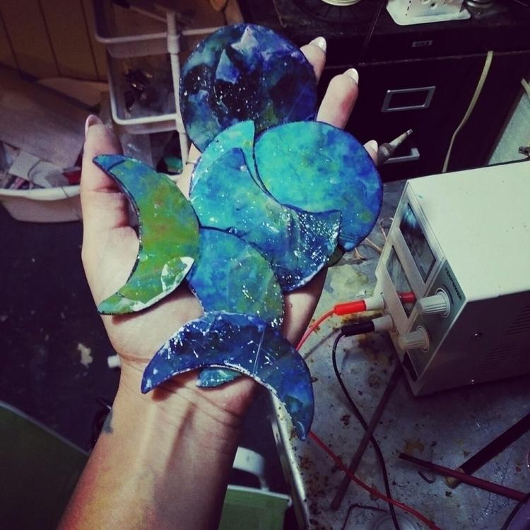 Blue moons ~ ~work bench selfie - thesweetkarmabar | ello