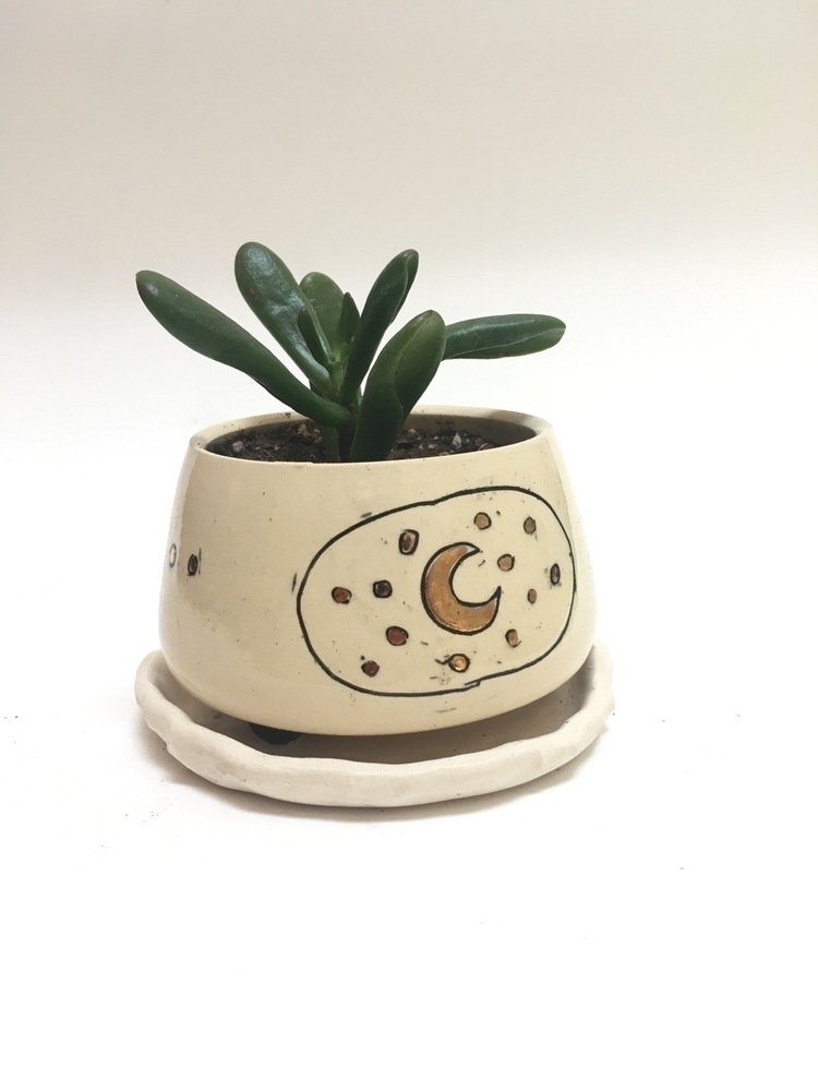 Plants friends pots - iowacity, iowa - allisonfretheimceramics | ello