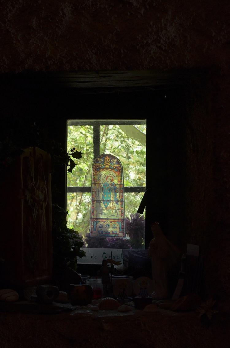 Par la fenêtre de Saint-Maurice - le_m_poireau | ello