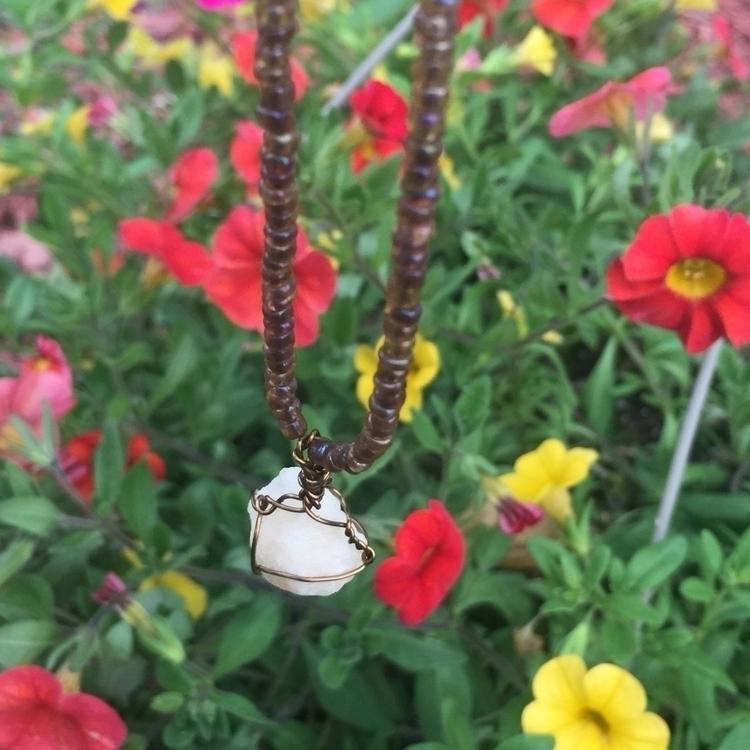 earthy toned bracelet - crystal - gemsfromem | ello