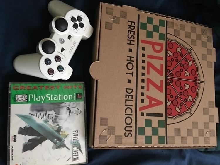 Pizza gaming. Final Fantasy 7 - lazysunday - leather666 | ello