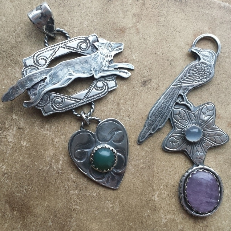 Fox Crow, pendants roll printin - alleyec   ello