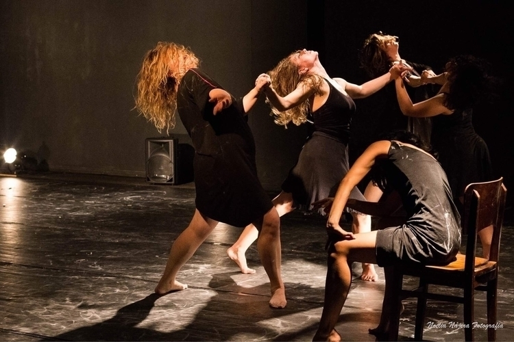 Dança: Roda de Pólvora - Cia Da - noelianajerafotografia | ello
