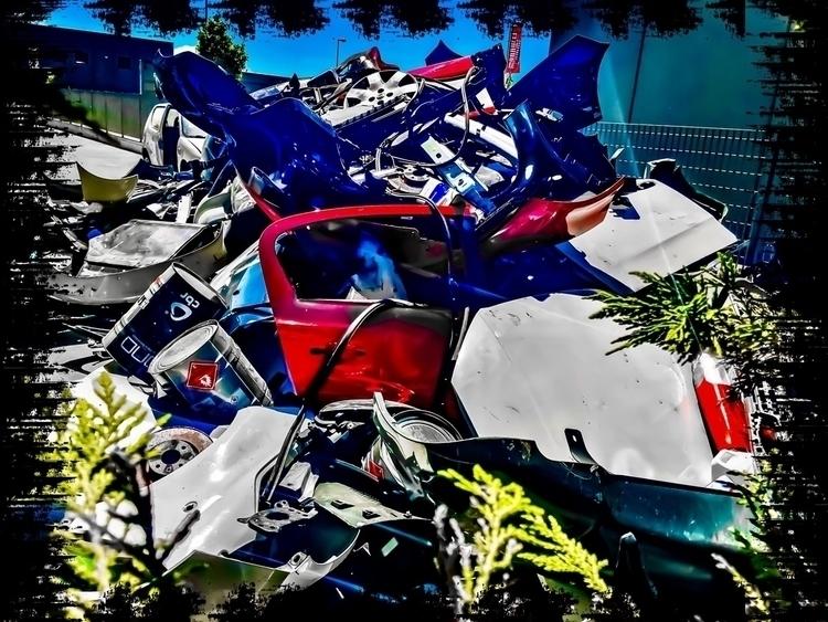 iron, cars, class, crass, trash - andreaphotoweb | ello