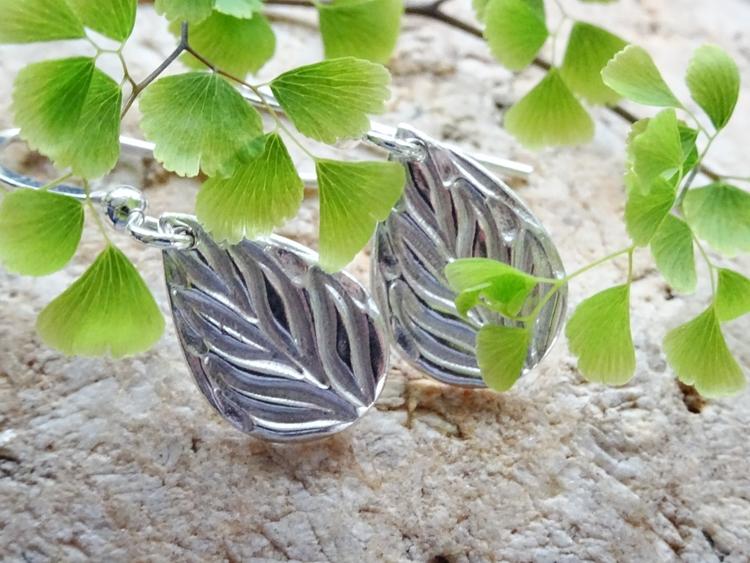 Love fine silver drops! Minimal - silverwinds | ello