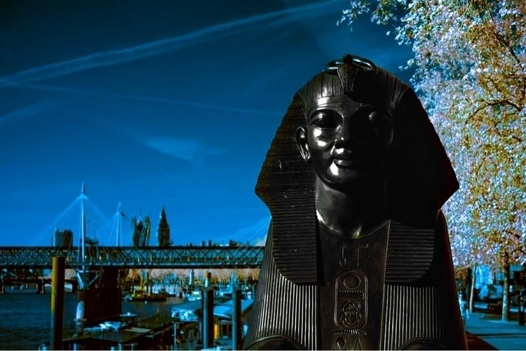 Sphinx - ello,, london,, thames, - paulgriffiths | ello