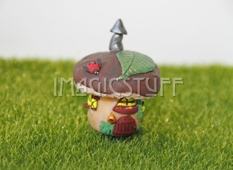 Mushroom fairy house.:mushroom - i_magicstuff | ello