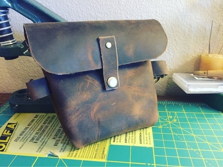 Small hip pack - leatherwork, leatherworking - twinflameleatherco | ello
