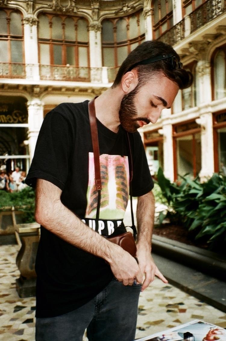 IG: WEB: putipherio.com - 35mm, canon - putipherio | ello