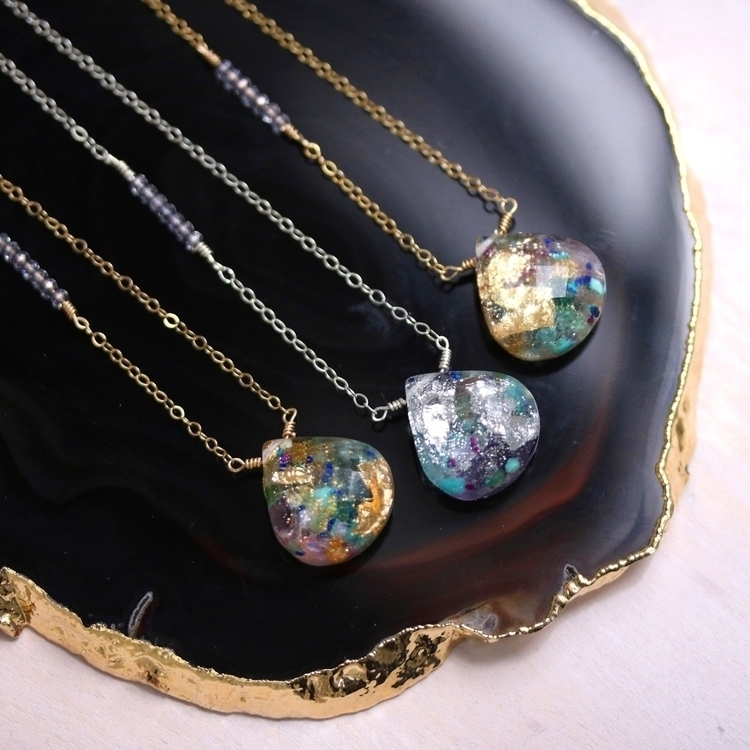 faceted gemstone confetti neckl - tinygalaxies | ello