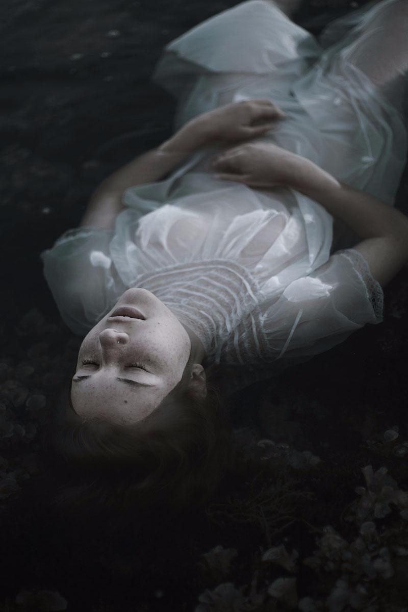 Photographer:Greta Larosa - DarkBeauty - darkbeautymag | ello