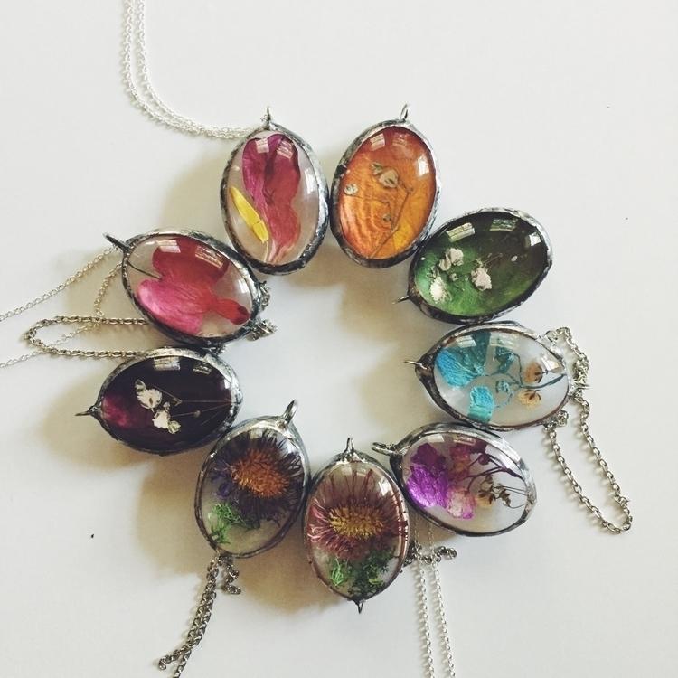 Beautiful handmade pendants fil - valeriaprieto | ello