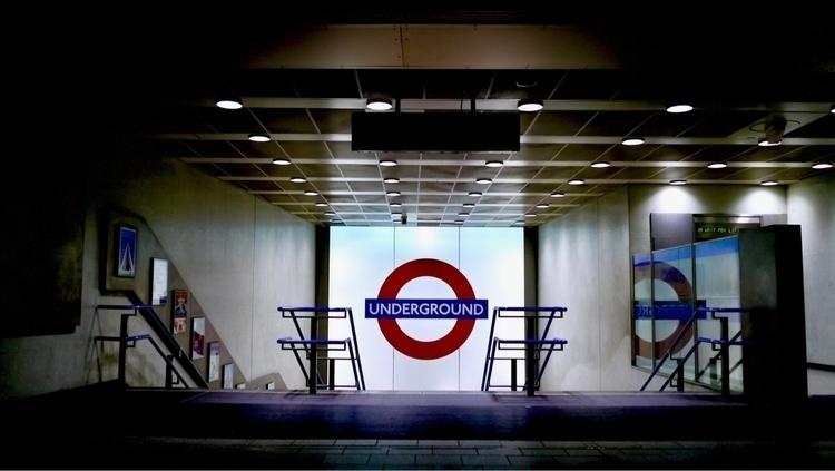 Semiology...❁ - londonlife, ellophotography - hkbfinn   ello