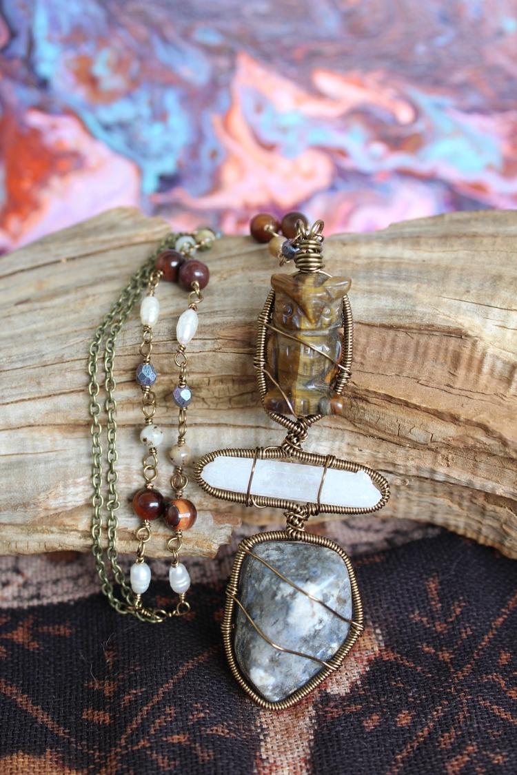 totem necklaces shop! fun absol - moongoddessvibes   ello