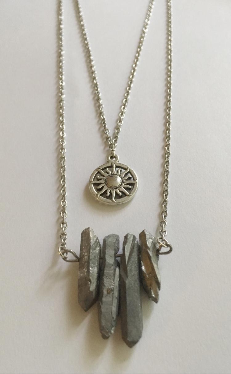 Metallic Quartz Sun charm silve - gypsyxjewels | ello
