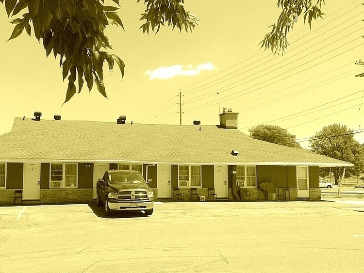 Stardust Motel, Ottawa, Ontario - dispel | ello