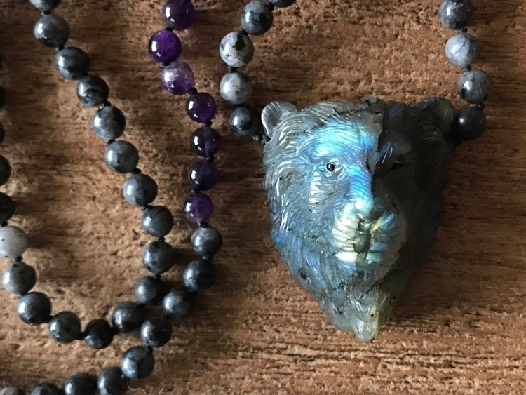 Hand Carved Labradorite Lion - metaphysical - findyourshakti | ello