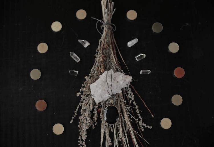 Lunar Amulet Ceremonies Intenti - forstrangewomen | ello