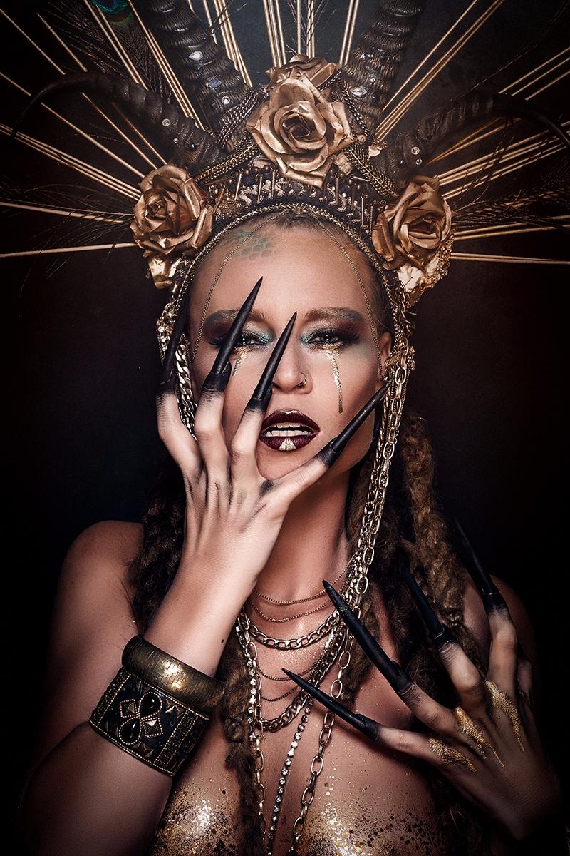 Photographer: Yoann Kuszpa -Pe - darkbeautymag   ello
