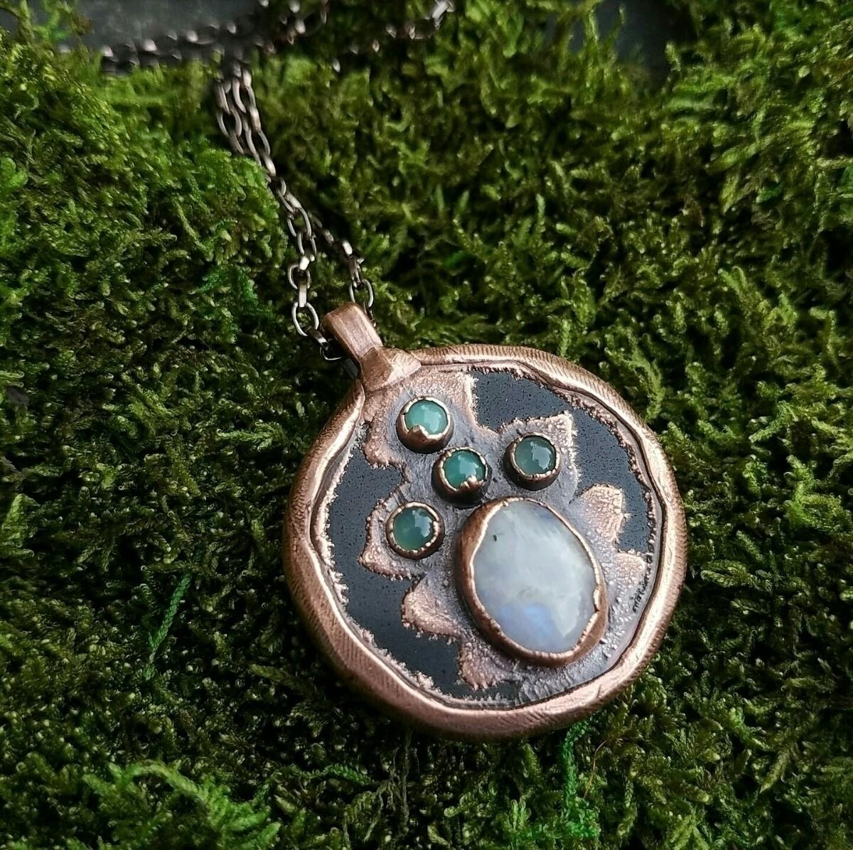 Tibetan style grounding Amulet  - thevioletmaiden   ello