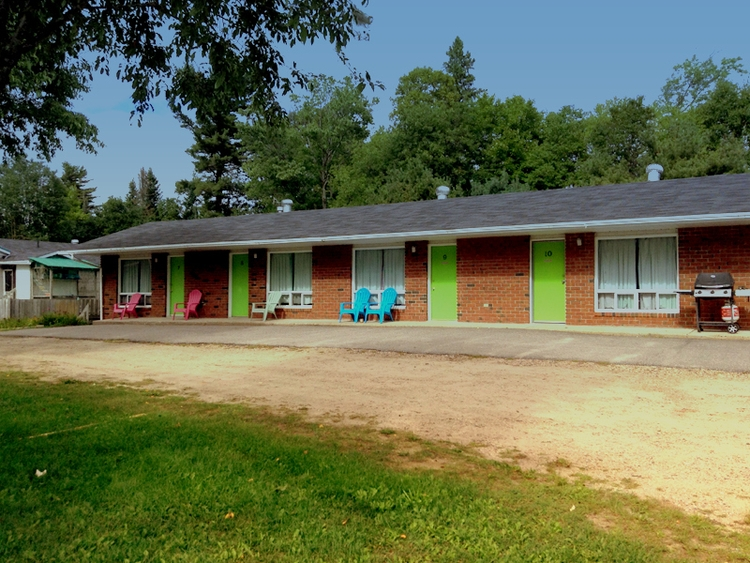 Algonquin Motel, South River, O - dispel | ello