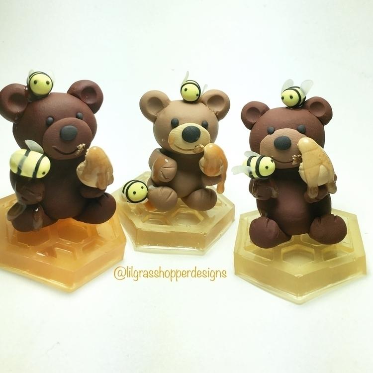 working honey bears days. bases - lilgrasshopperdesigns | ello