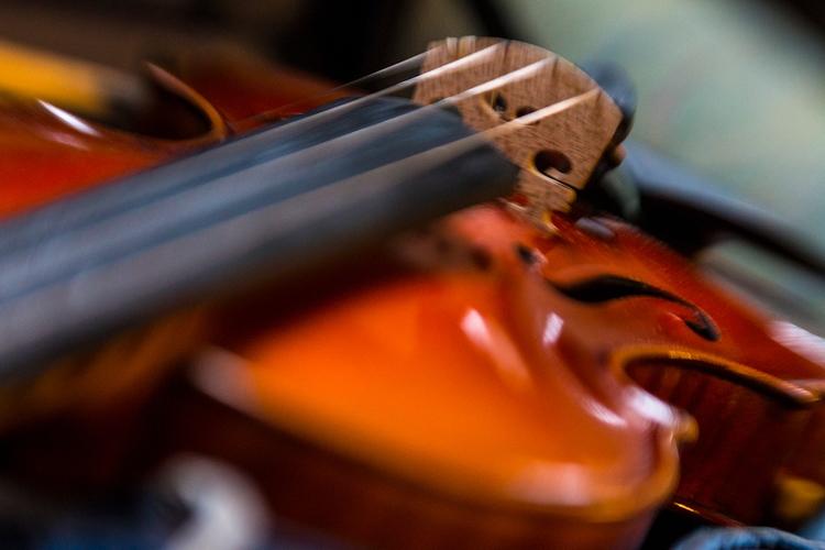 shot studio, recording violins  - tomsimonsen   ello