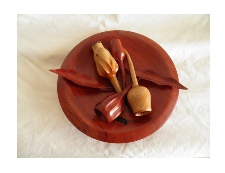 hand turned carved gum nuts lea - ateliercrafers | ello