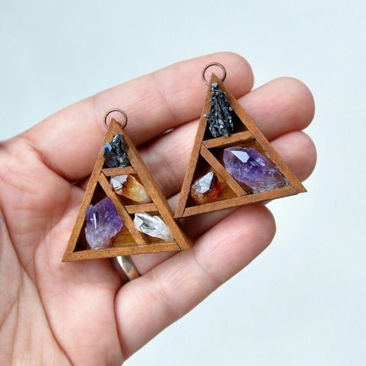 Happy Sunday find pendants Etsy - umaydesign | ello