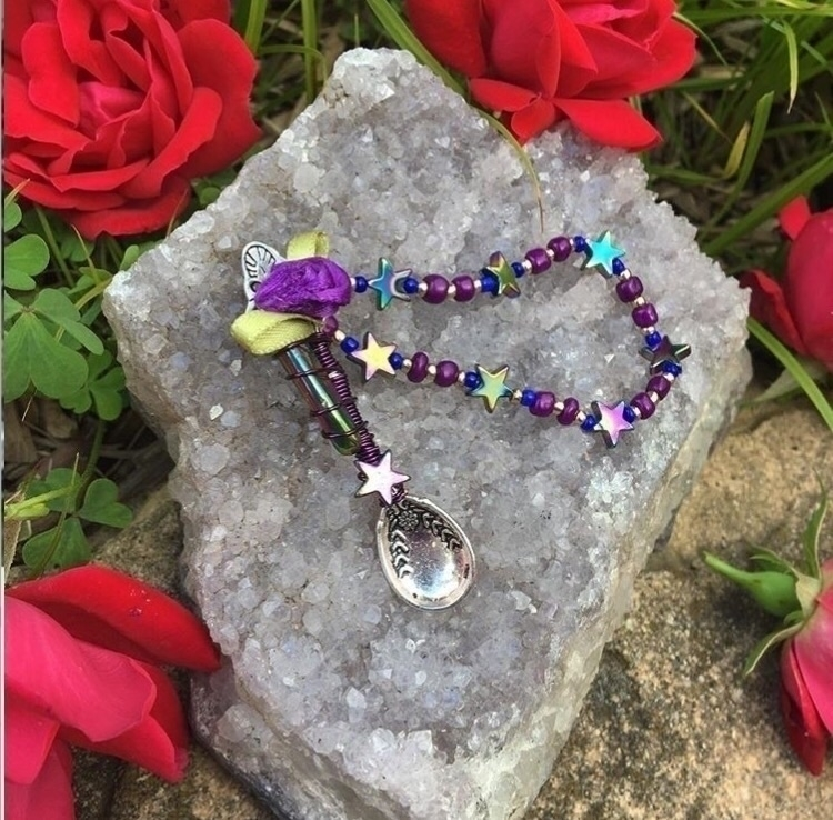 Contact MagicalMinnieJewelry In - magicalminnie | ello