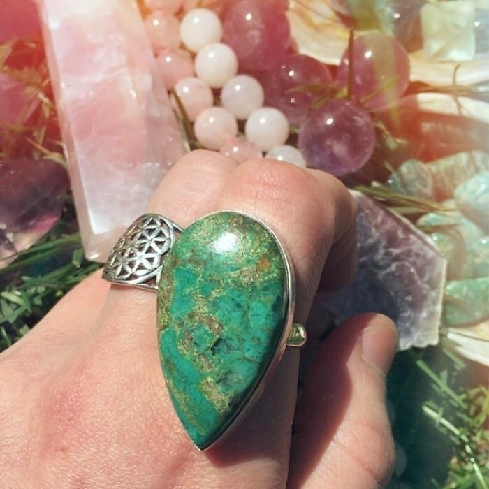 Chrysocolla stone Divine Femini - drayajade | ello