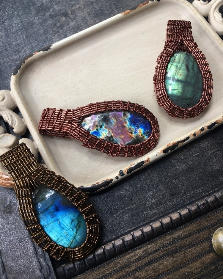 Blue, Purple, Green Labradorite - lifeflowsoncrystals | ello