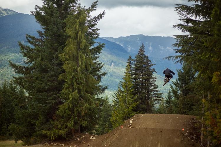 Location: Whistler/ Trail: cra - dirtycactus | ello