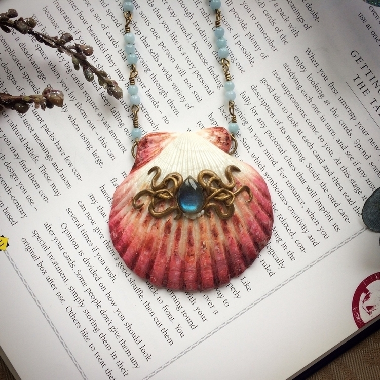 Pretty pink shell teardrop labr - amilliadesigns   ello