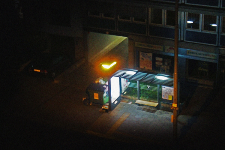 loves mood - night, busstop, lights - happyscreamer | ello