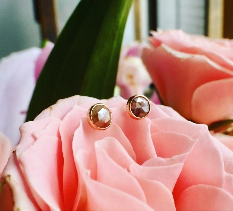 Earthy rose-cut diamonds. love  - starseed_designs | ello