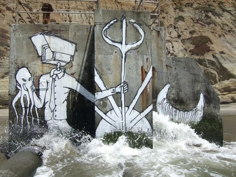 -Poseidon- -13' high- -Bucket p - cctvtcc | ello