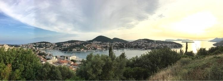 …passing Dubrovnik - panorama - rowiro   ello