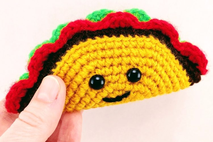 Happy Tiny! Tasty! Taco! today - miniaturemonkeycreations | ello