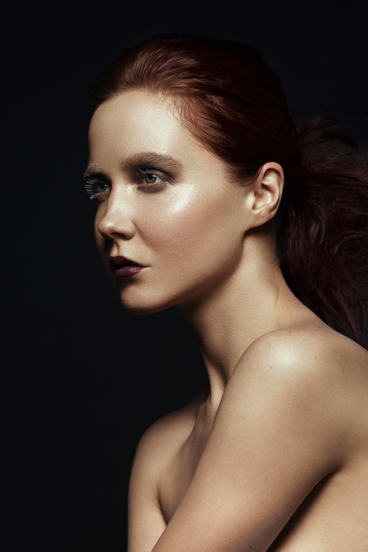 """Change — Photographer:Jennife - darkbeautymag | ello"