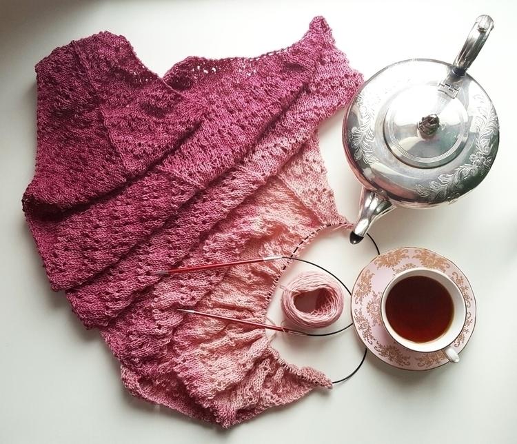 knitting#knitlife#knitshawls - heliina | ello