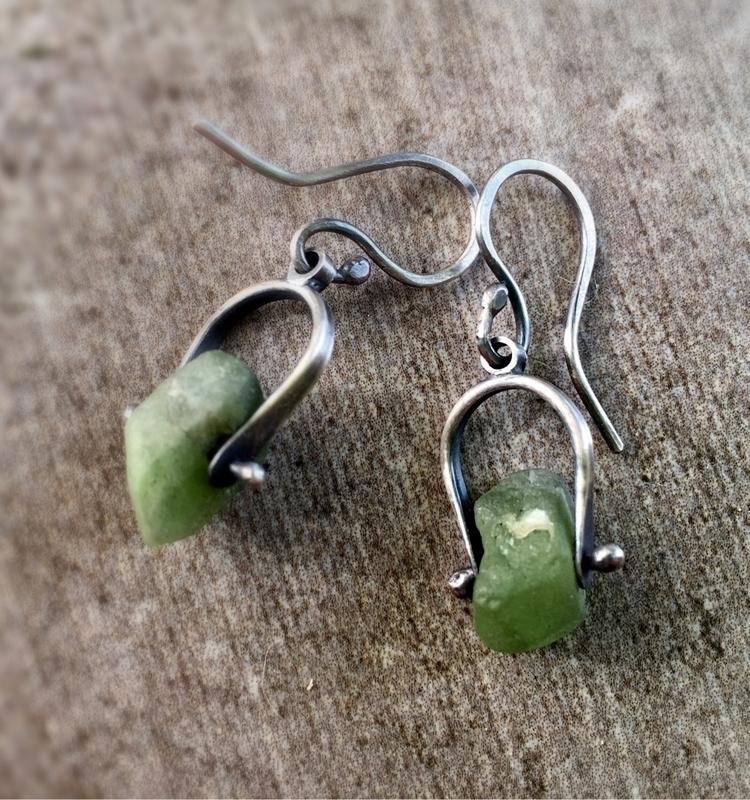 Dainty emerald nugget silver ea - empyreane | ello