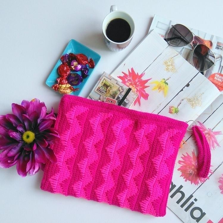 pink black! musthave - vilka, etsy - vilka | ello
