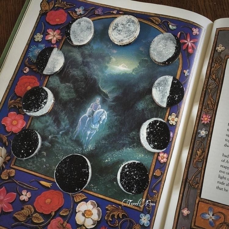 Painted Moons Art Terri Foss ➳➵ - terrifoss | ello