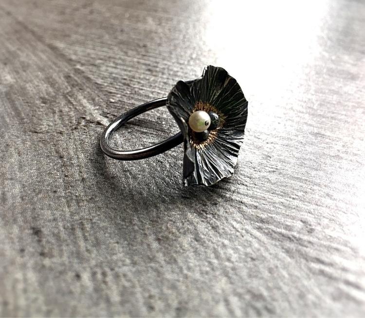 rustic flower ring summer. etsy - empyreane | ello
