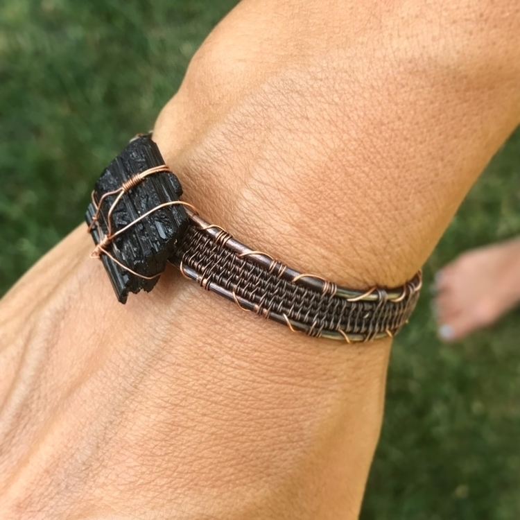 Black Tourmaline bracelet. feat - twistedleafstudio | ello